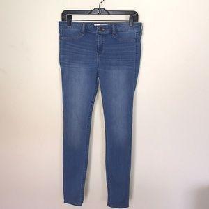 Hollister Light Wash Blue Skinny Jeans Size 7R